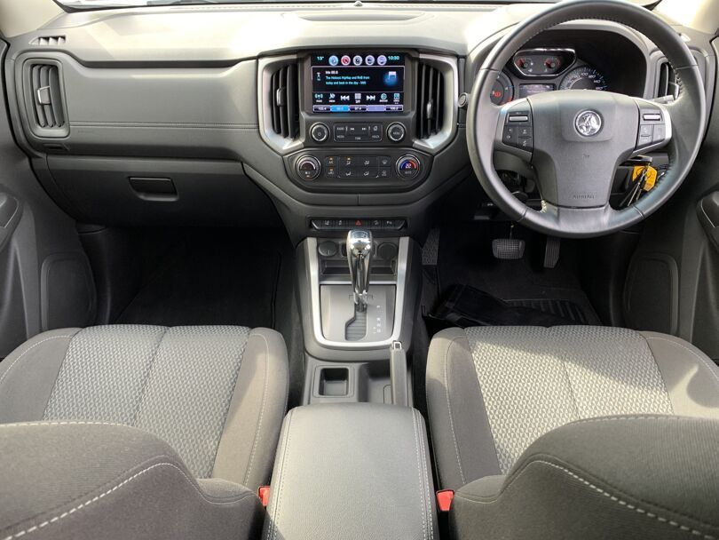 2020 Holden Colorado 12