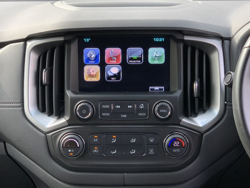 2020 Holden Colorado 8