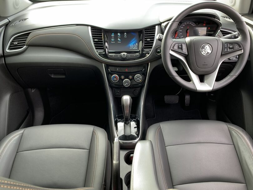 2020 Holden Trax 12