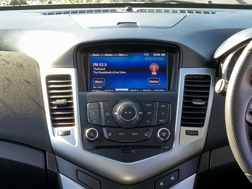 2017 Holden Cruze 8