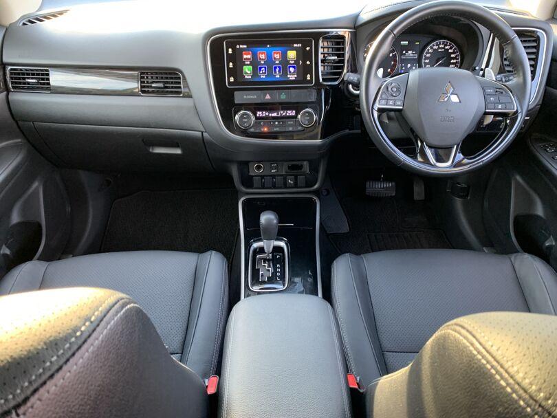 2017 Mitsubishi Outlander 14