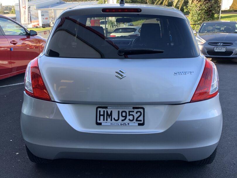 2011 Suzuki Swift 3