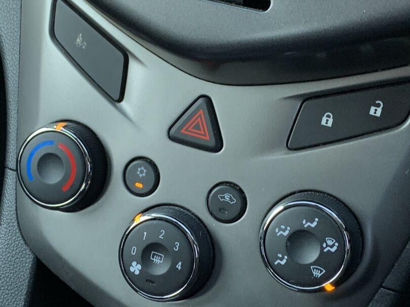 2013 Holden Barina 10