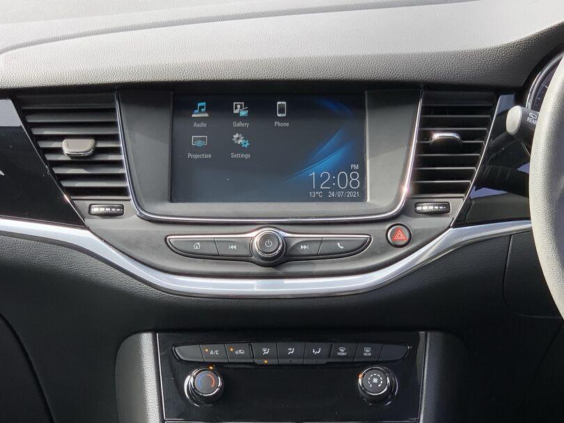 2018 Holden Astra 9