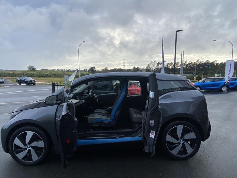 2017 BMW i3 17