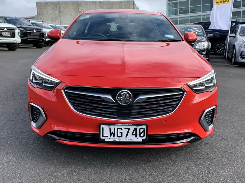 2019 Holden Commodore 2
