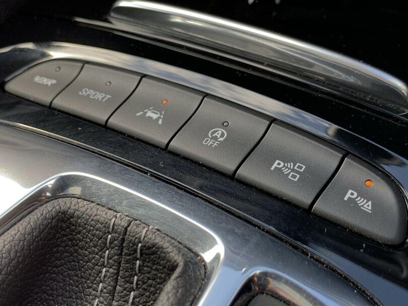 2019 Holden Commodore 12