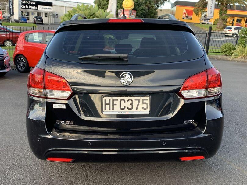 2014 Holden Cruze 3
