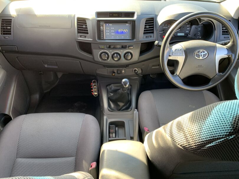 2012 Toyota Hilux 10