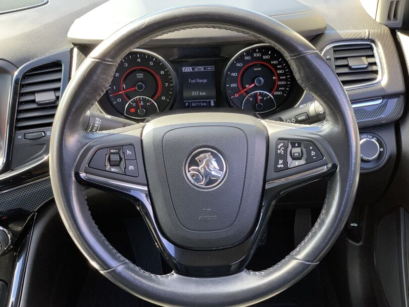 2017 Holden Commodore 8