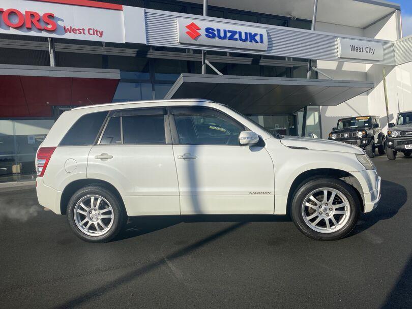 2009 Suzuki Escudo 3