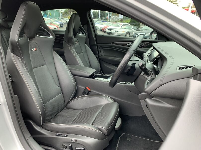 2019 Holden Commodore 14