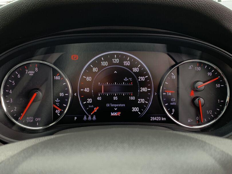 2019 Holden Commodore 7