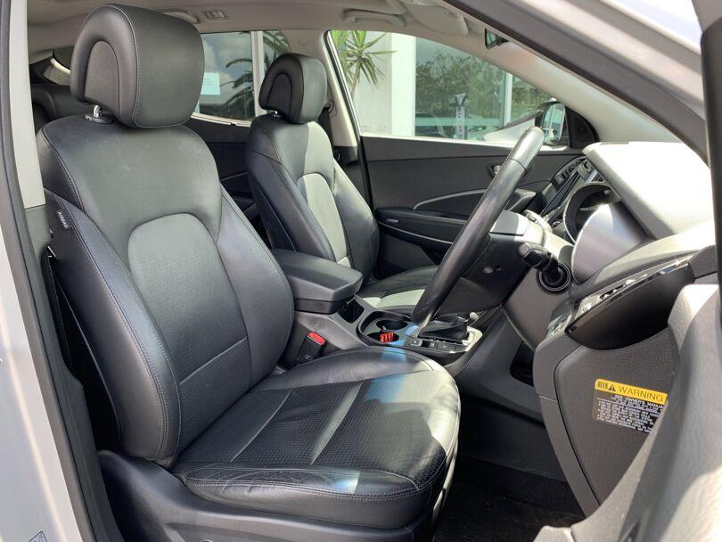 2014 Hyundai Santa Fe 10