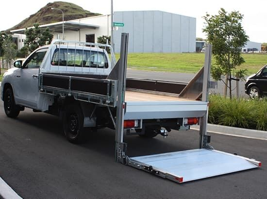 Ute tail lifter