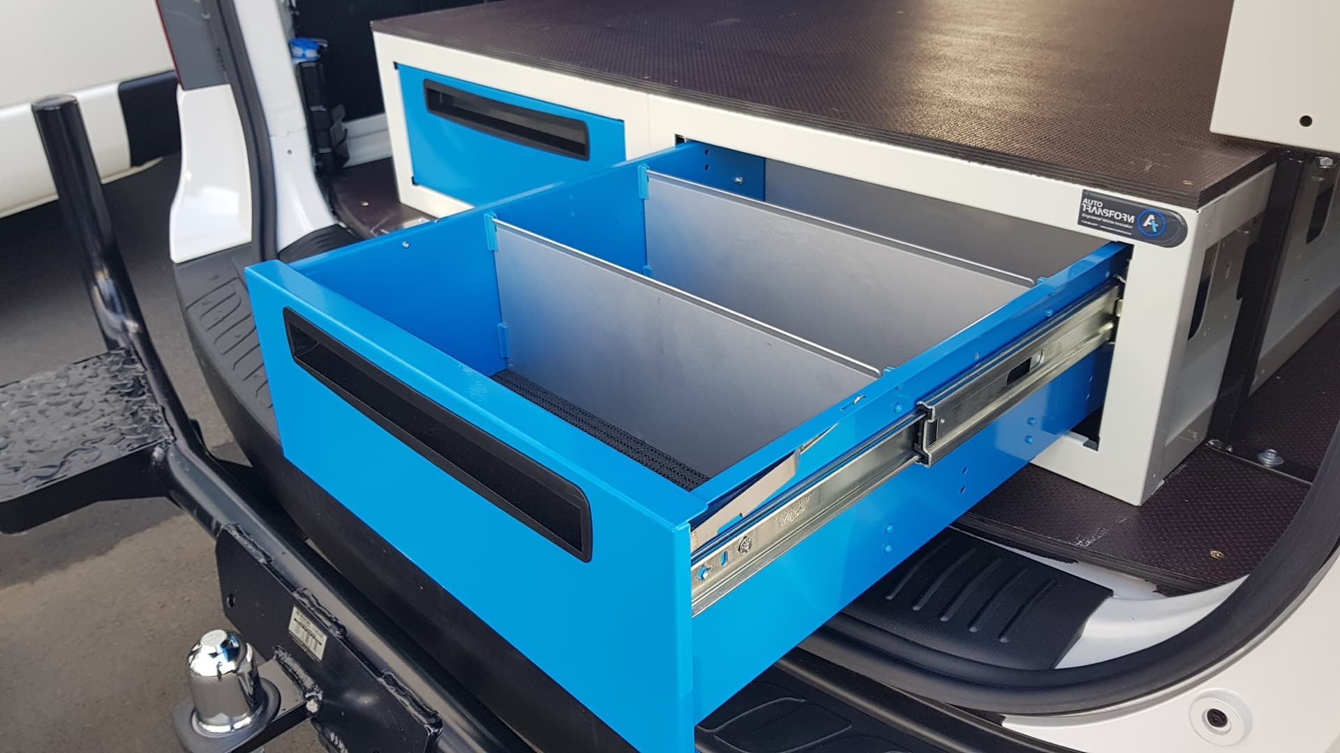 Commercial van fitout with modular drawers with dividers