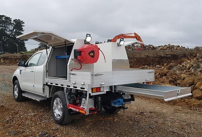 Part service body for ute