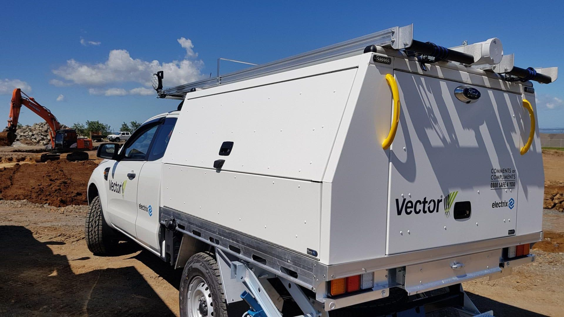 Professional service body for commercial ute fleet