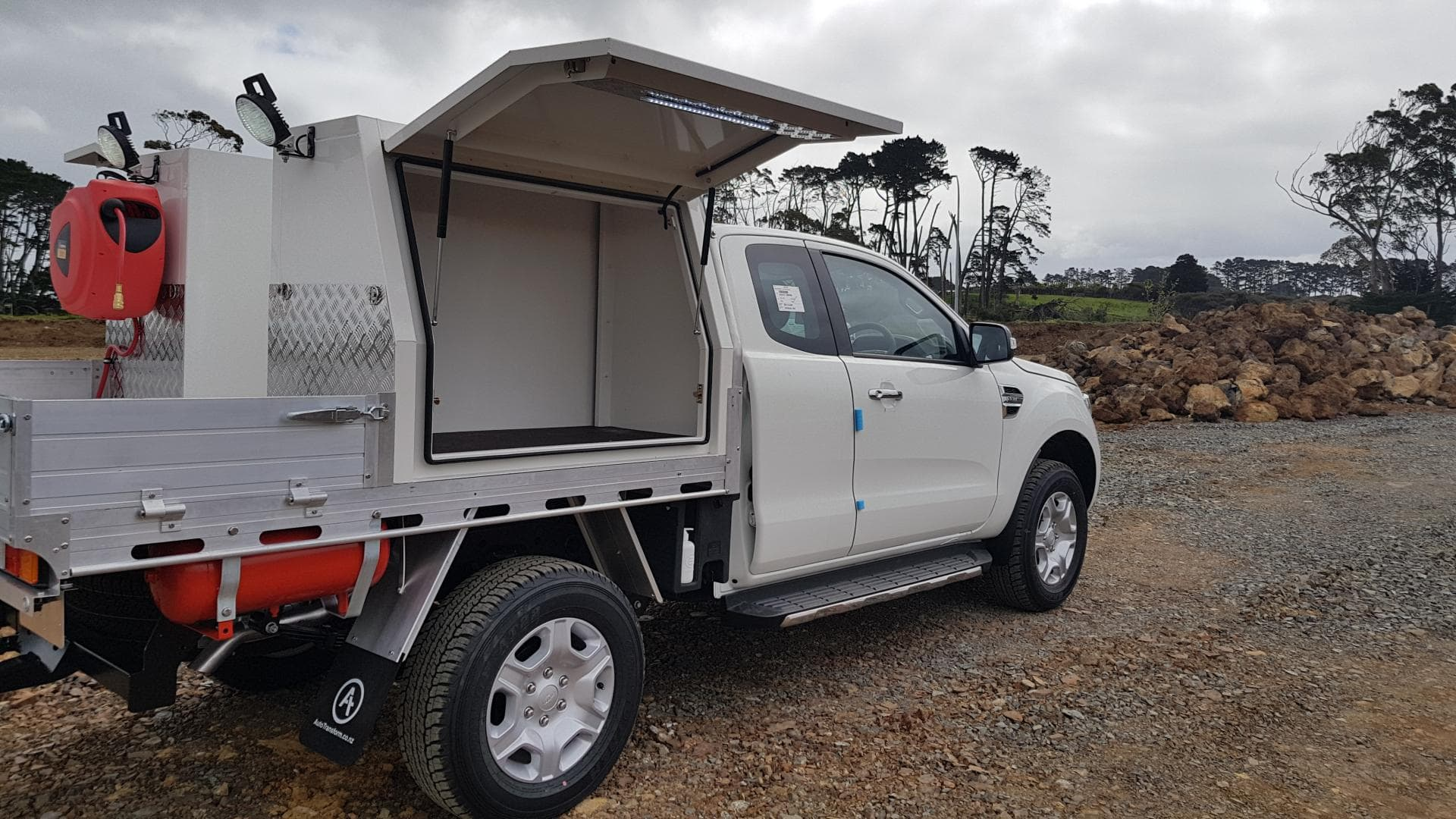 side tool boxes for ute