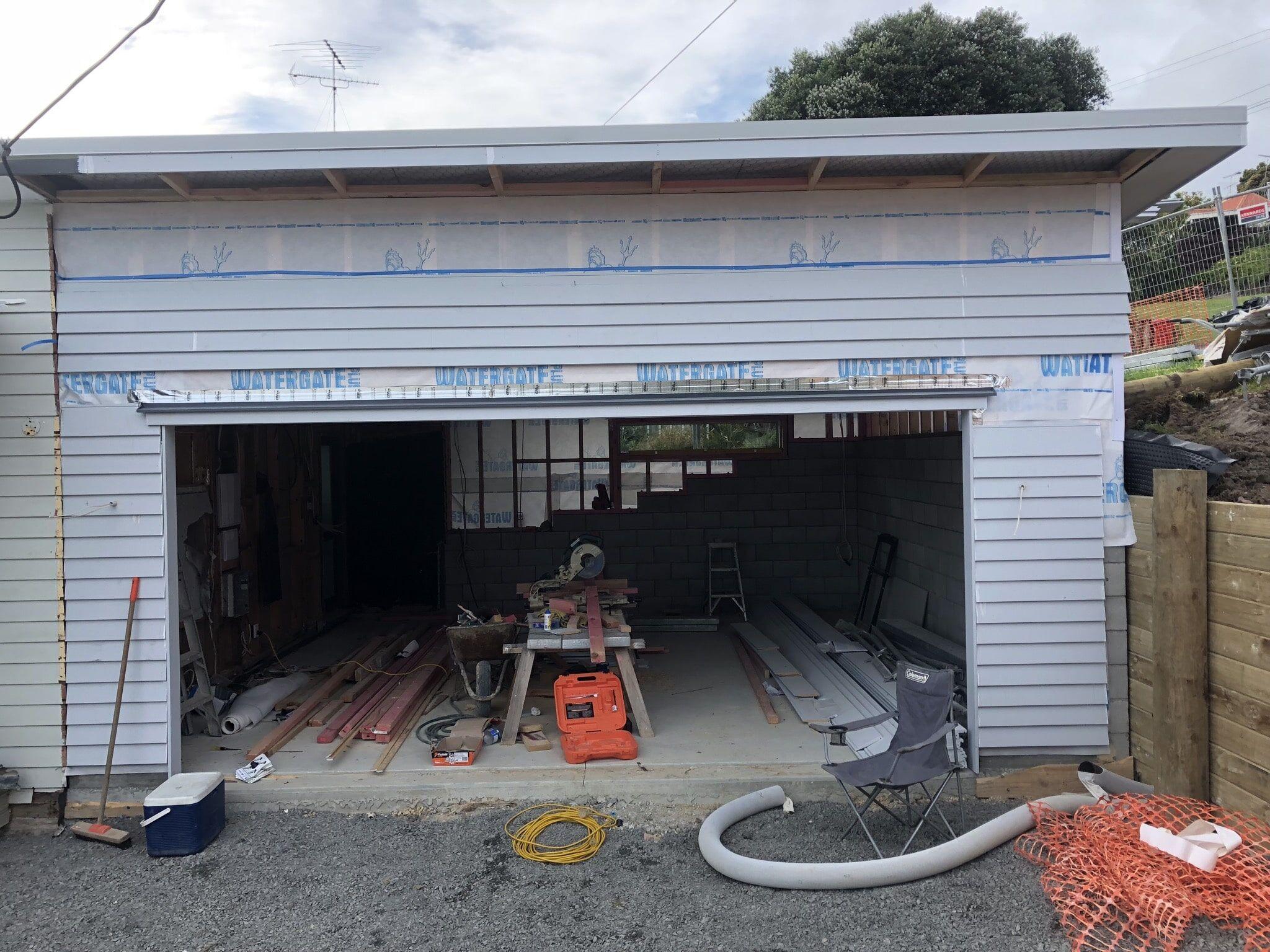 longbay drive garage