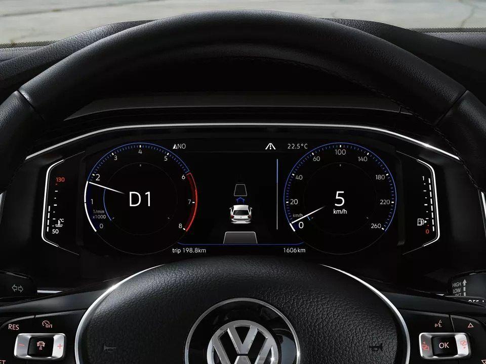 polo driver display