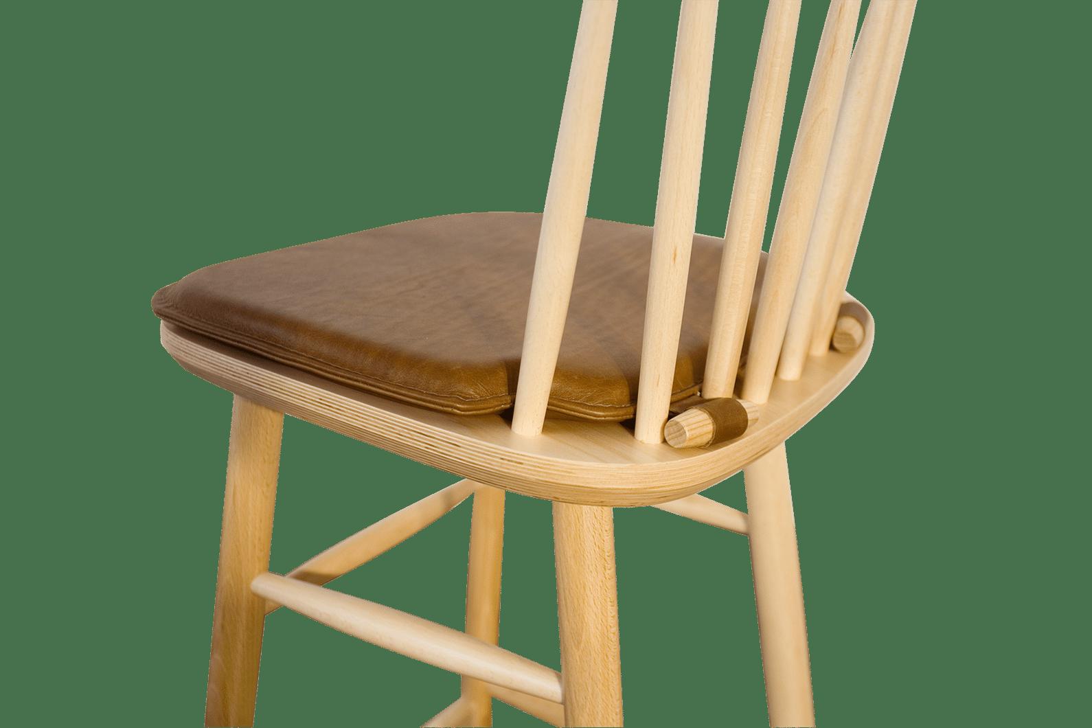 Loose Seat Pad Detail