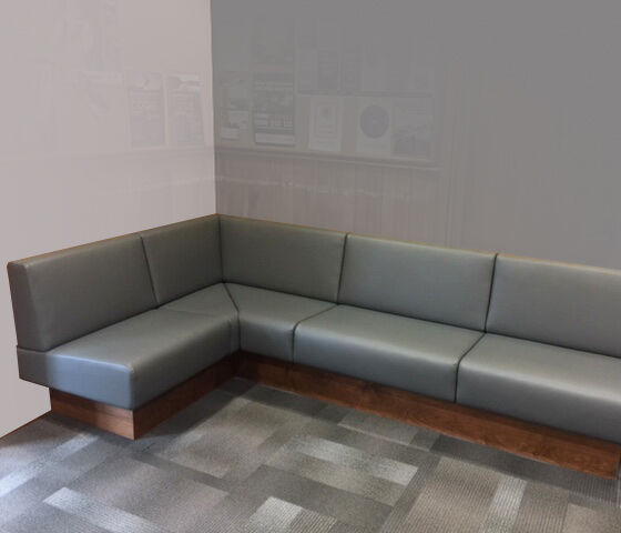 Queenstown Police Chance Banquette