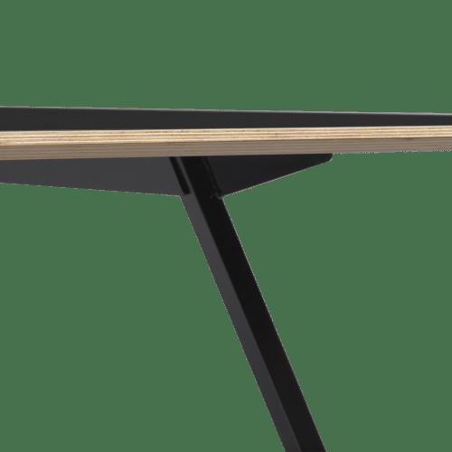TB Poise Table Black Detail