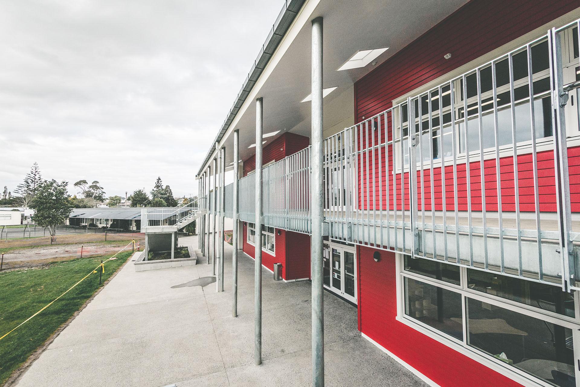 Henderson South School Exterior