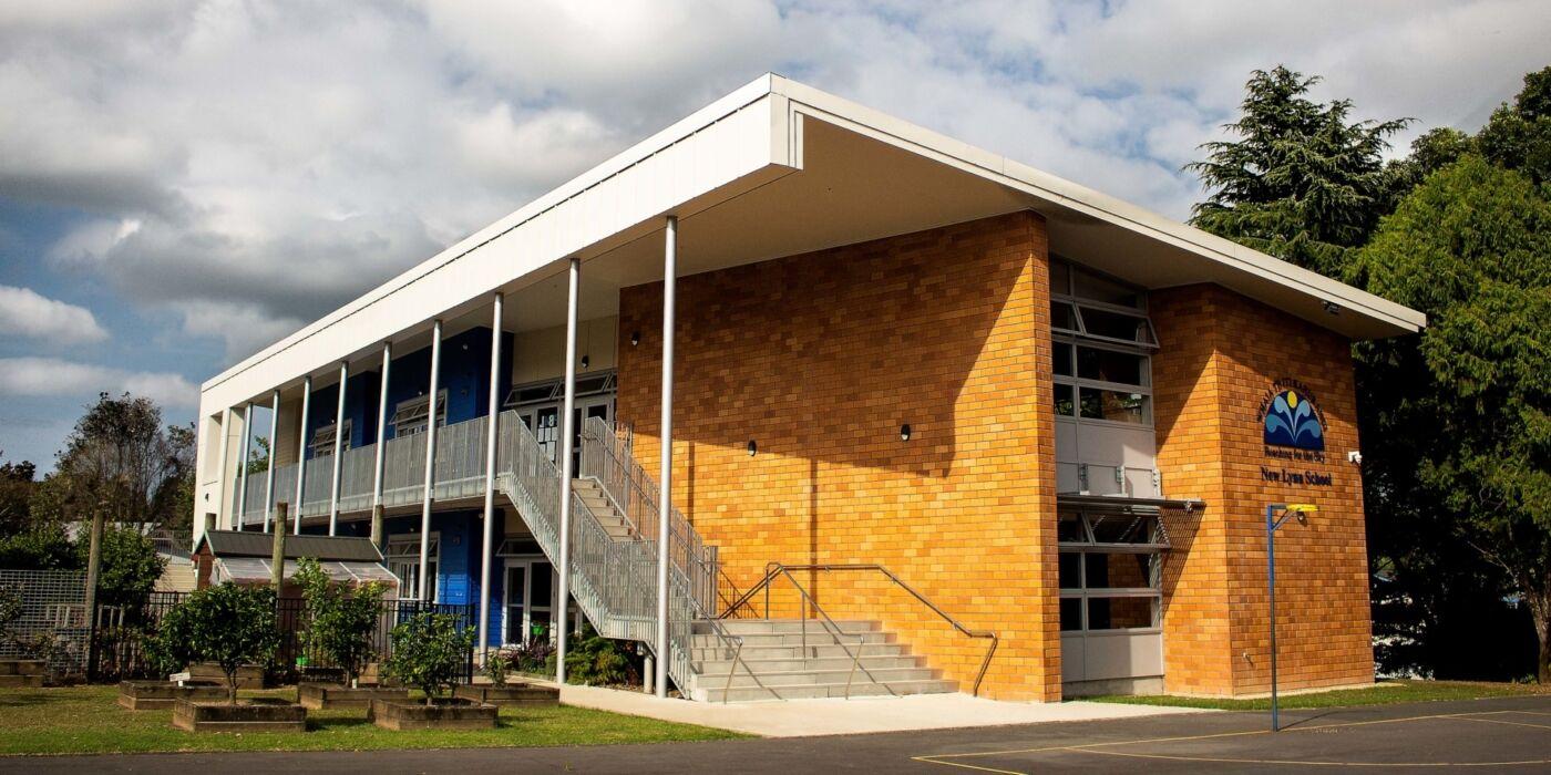 new lynn school exterior