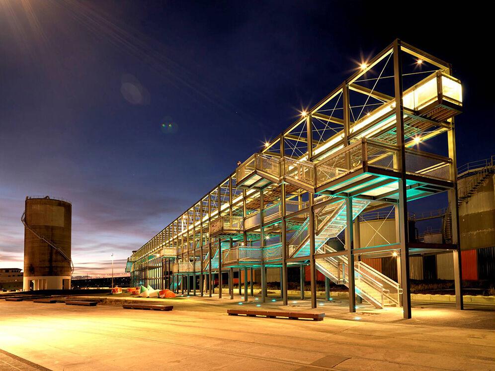 silo park viewing platform nighttime