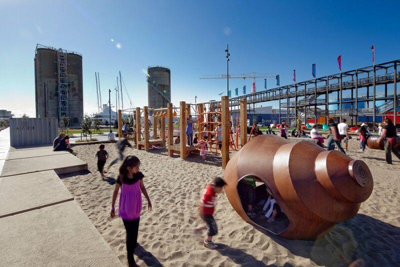 site playground sand