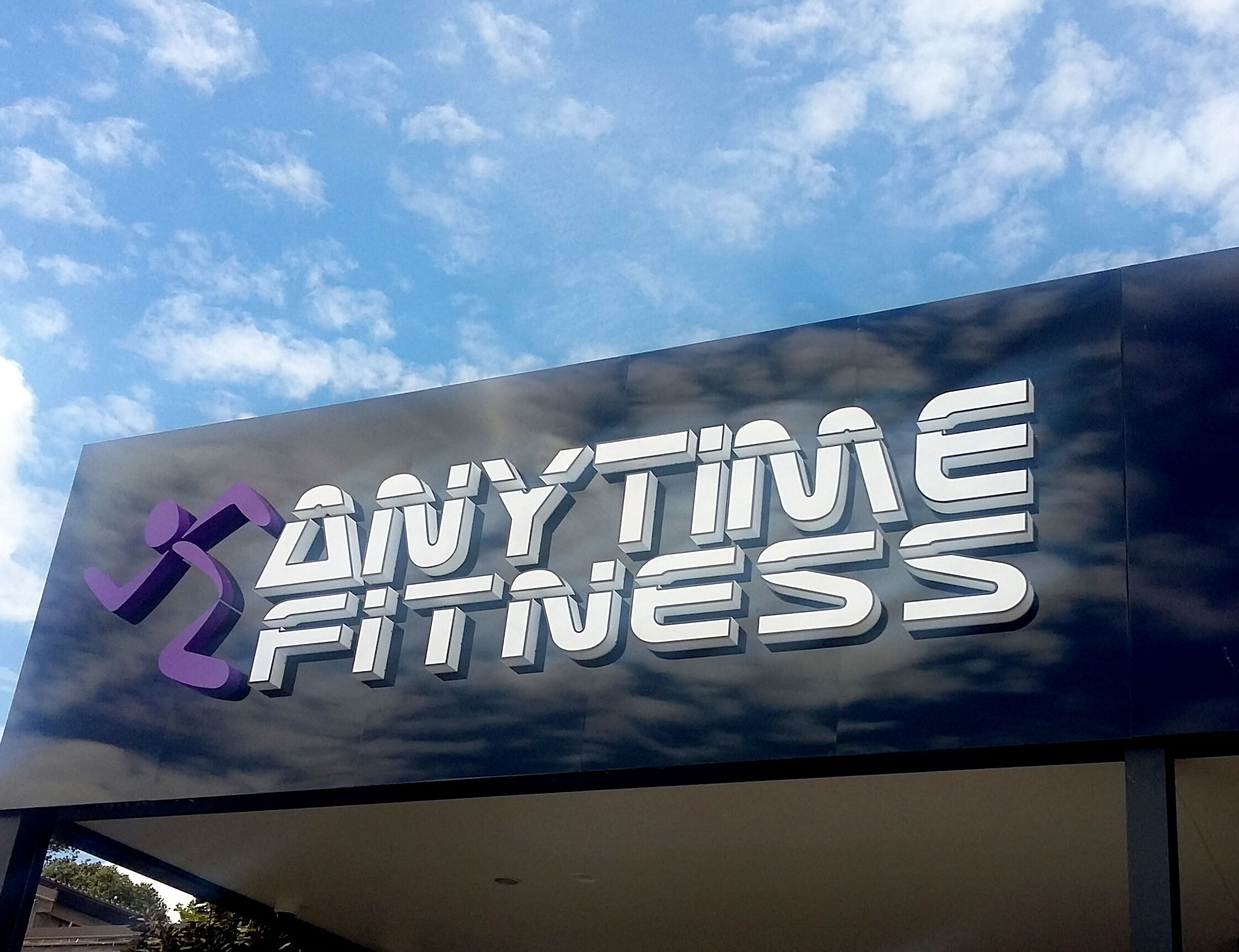 Anytime Fitness  x
