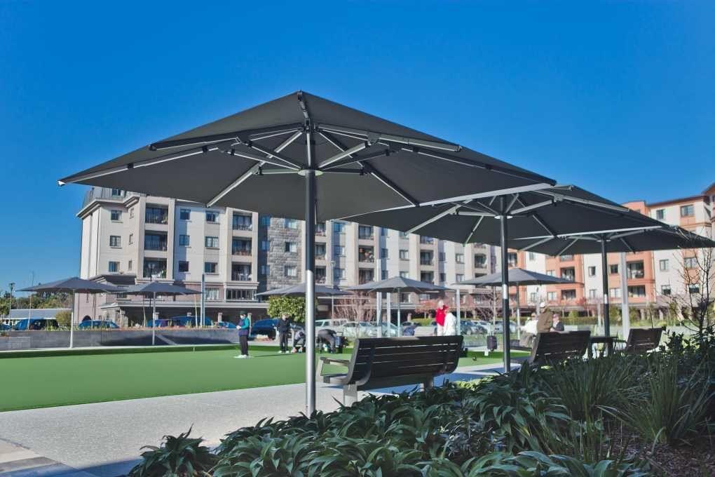 Metlifecare The Poynton Tempest 3.5m Outdoor Umbrella