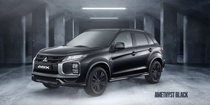 Any colour, in Black Edition. Whichever of ASX's smart, vibrant colours suits you, there's a Black Edition version. Or you can have everything in black, it's up to you.