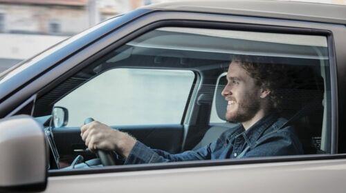 ignis man driving