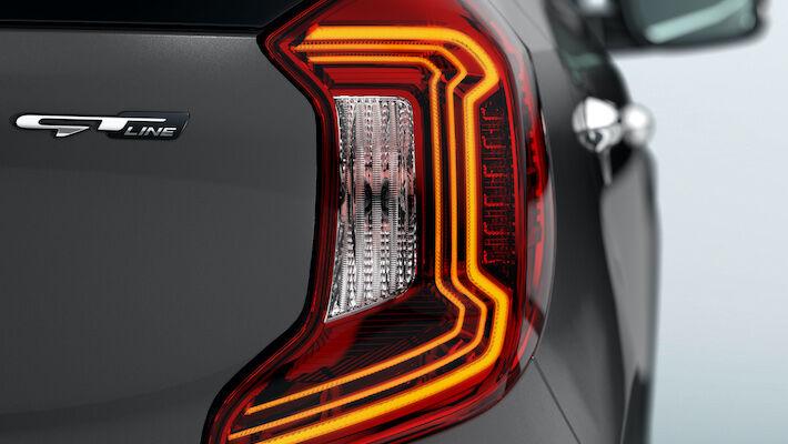 kia picanto rear light detail