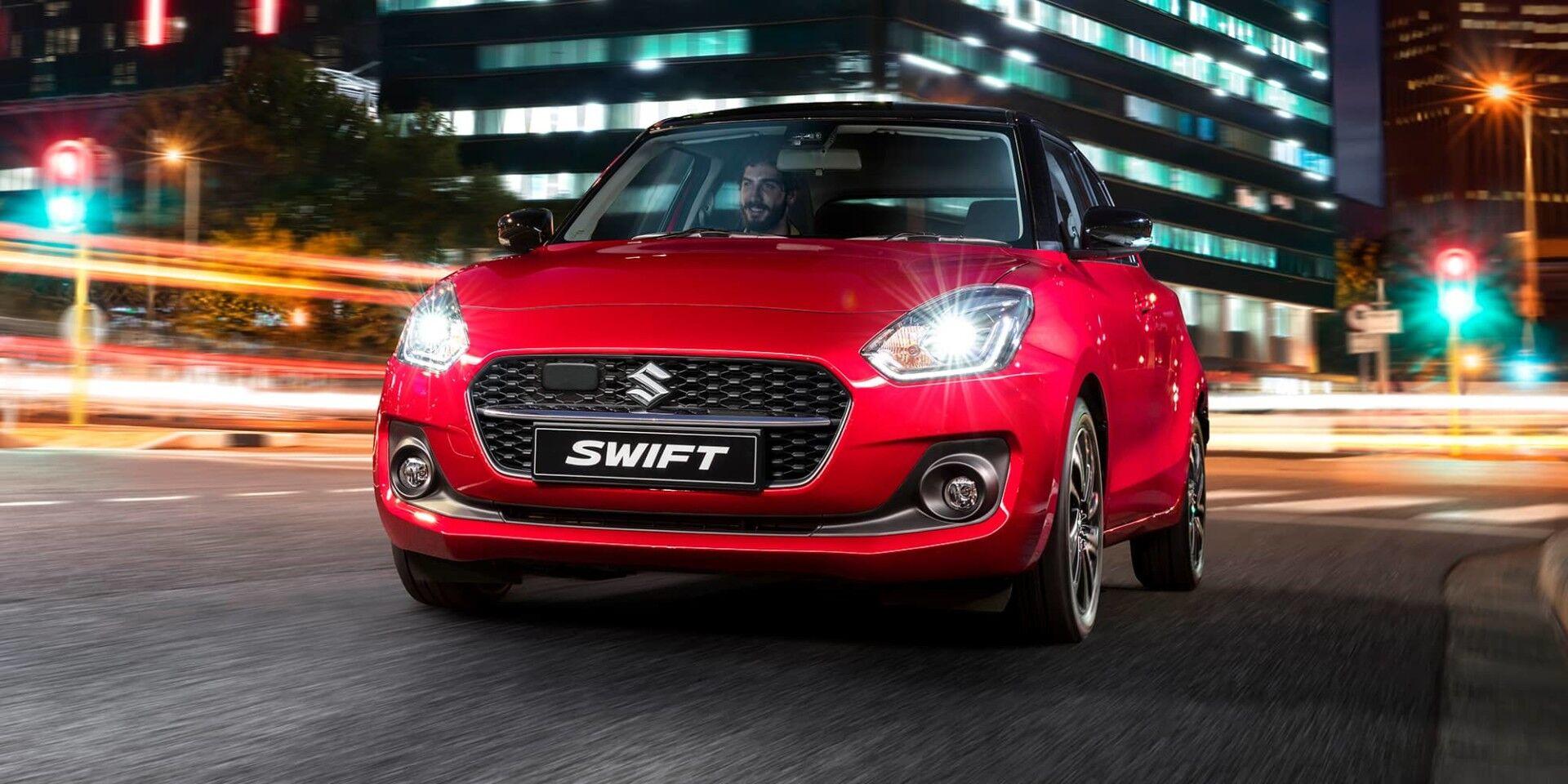 suzuki swift driving at night