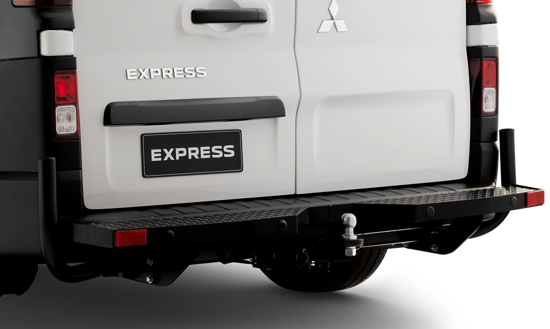 towbar step and guards